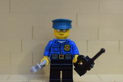 LEGO rendőr figura felszereléssel eredeti szép állapotban