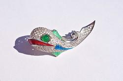 Kínai, filigrán 800-as finomságú színes halacska bross