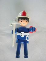 Retro műanyag játék figura tűzoltó