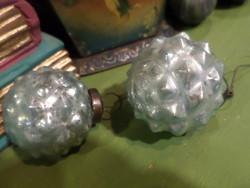 2 db 6 cm-es , vastagabb üveg karácsonyfadísz , penészkék színben , belül tükörfoncsorozva ,