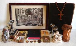 20 db-os régi antik vallási egyházi csomag Biblia könyv ikon faragás medál kehely Jézus Krisztus
