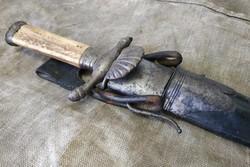 19.sz Osztrák Hirschfanger monarchia idejéből tőr kard szarvasgyilok