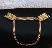 14 karátos arannyal futtatott autós dísz, ruhára, övre, táskára, egyéb célra felhasználható, unisex