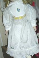 Babaruha, batiszt anyagból / 36-38 cm magas babára/