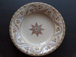 Jelzett régi dísztányér, fali tányér