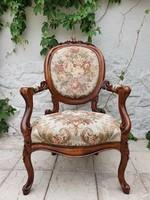 Antik faragott barokk diófa kárpitos karos-fotel