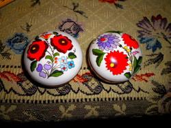 2 db Kalocsai kézzel festett ékszertartó együtt -az ár a 2 db-ra vonatkozik