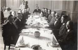 Étkezés, Tisztek, civilek 17,5x11,5 cm