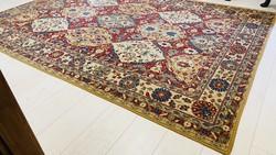 Régi perzsaszőnyeg