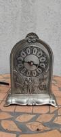 Asztali óra, Német fém különleges díszes jelenetes,jelzett a talpon.
