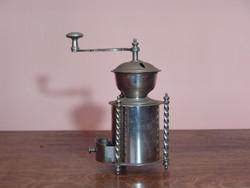 Antik dekoratív kávédaráló