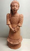 Illár Erzsébet által jelzett copfos lány kerámia szobor
