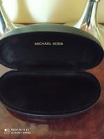Michael Kors szemüvegtok