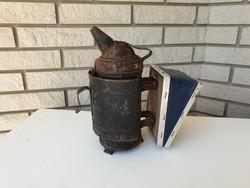 Régi vintage méhész eszköz szerszám kézi füstölő