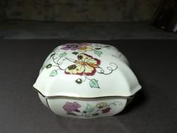 Zsolnay pillangós porcelán bonbonier