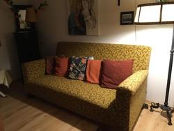 """Club"""" ülőgarnitúra 1930 –as, békebeli, nagyon kényelmes, 2 fotel + kanapé 160 e. Ft"""