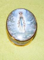 Zenélő szentképes porcelán dobozka