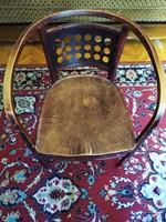 Ivelt jelzett szecesszios szék