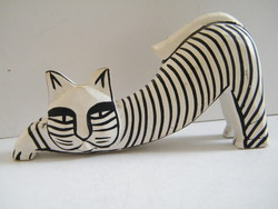 Macska figura balsafából