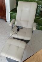 Bőr masszás fotel