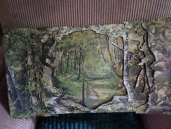 56 x 31 cm-es , 3 rétegű , térhatású , papír háttér régi kis bábszínházhoz , lécekkel összefogva .