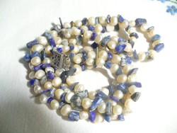Tenyésztett gyöngy és lápis lazulin nyaklánc