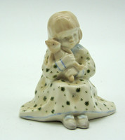 B676 Jelzett porcelán kislány a játékmacival - szép, hibátlan állapotban