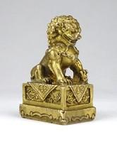 1E703 Réz kínai Fo kutya szobor keleti feng shui érmekkel