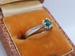 Columbiai Smaragd Ezüst Gyűrűben