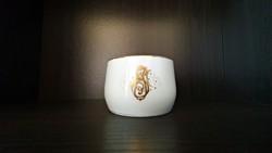 1 db., Hüttl Tivadar, arany monogrammal díszíttt teás csésze.