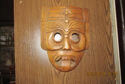 Faragott antik fa maszk