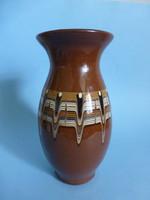 Barna kerámia váza