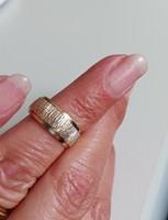 9 K-os, 7 mm széles, csodás karikagyűrű /kis méretű/