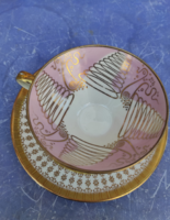 Csésze alátéttel