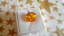 7.50 karátos, kerek gyémánt formájú narancs zafír drágakő tanúsítvánnyal