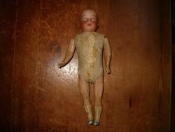 Ritka német porcelán baba szemét nyitja csukja antik restauálás ráfér fején hátul név márkaszám stb
