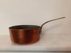 Antik ónozott nehéz konyhai eszköz vörösréz kis serpenyő lábas vas füllel 93.  4221