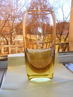 Nagy méretű, súlyos  cseh kristály üveg váza  (2365 gramm- 27,5 cm )