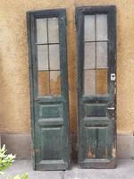 Antik kétszárnyas bejárati ajtó