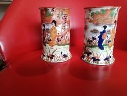 2 darab keleti váza