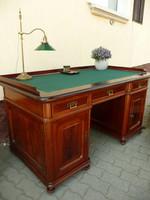 Álomszép, antik, ónémet, térbe rakható, angol fiókos igazi főnöki íróasztal az 1800-as évekből
