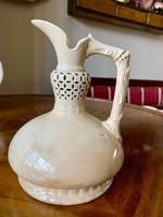 Szépséges krémszín Zsolnay porcelánfajansz korsó, nyakán áttört, 1880 körül