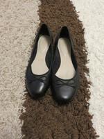 42-es női CLARKS, BŐR  balerina cipő, fekete