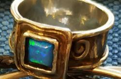 CSAK gyorgyinagy RÉSZÉRE! Modern Dizájn  Ezüst Opálköves Kalapált Gyűrű