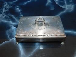Ezüst  dobozka   242 gr