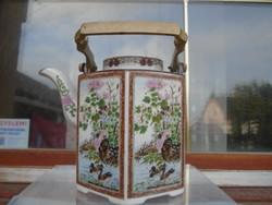 Antik kínai teás kancsó réz szerelékkal talán a Ming dinasztia idejéből?
