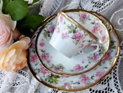 Gyönyörű porcelán reggeliző szett