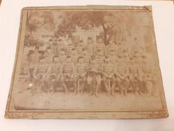 Régi huszár csoportkép 1910 Burg Izsó Debreczen katona fotó fénykép