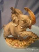 U11 Majolika mázas Olasz jelzett nagyméretű bájos szerencse elefánt 27 x 28 cm