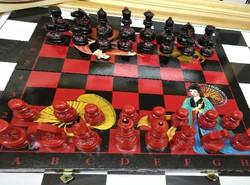 Gyönyörű japán festésű sakk készlet